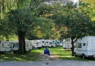 Raduni camper