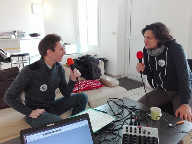Fabrice Passe interviewe le chanteur et musicien Patrick Chamblas
