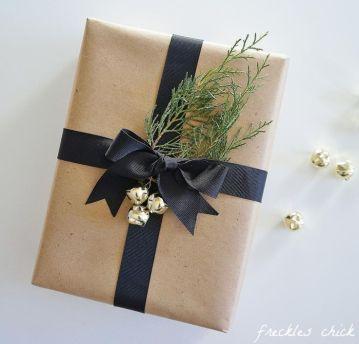 idees paquets cadeaux noel emballages rubans kraft