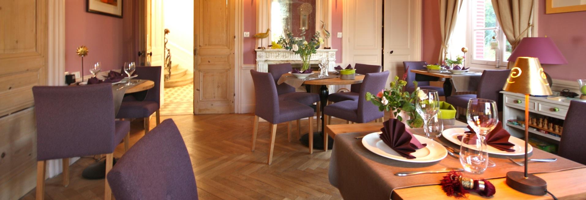 restaurant gastronomique lyon la source dor e. Black Bedroom Furniture Sets. Home Design Ideas