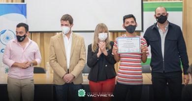 """Yacyretá entregó nuevas becas a través del programa """"Caminos de Inclusión"""""""