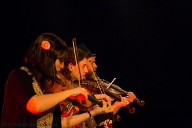 La Bande à Balk au festival Quand les Souris Dansent - violons