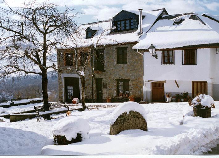 Plaza de la Poza nevada