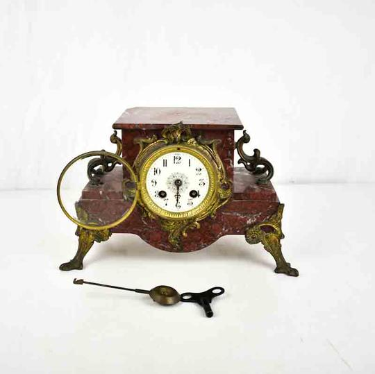horloge ancienne en marbre