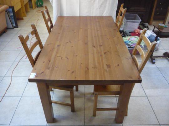 table pin teintee marron de cuisine 6 places ikea sans les chaises