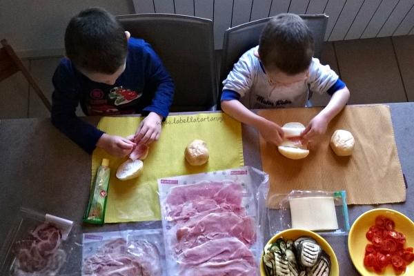 attività di vita pratica Montessori