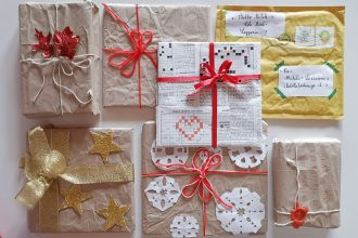 pacchetti regalo natalizi sostenibili, originali e fai da te