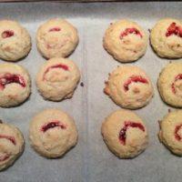 Biscuits clin d'œil aux framboises