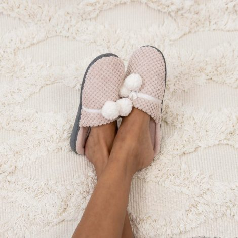 Ideas for DIY homemade Spa   bring a pair of slipper or flip flops