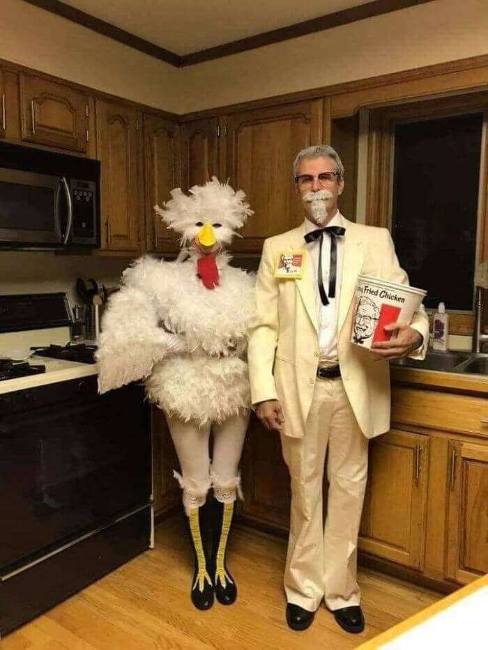 KFC Costume for Couples | Looking for iconic couples costume Halloween ideas for 2020? Find the best couples Halloween costume ideas, perfect for matching with your boyfriend. Find hot couples costume ideas, cool Disney characters costumes and the best DIY, funny, and scary couples Halloween costume inspiration. #CouplesCostumeHalloween #couplescostume #halloweencouples #halloween