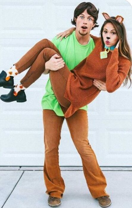 Cute Scooby Doo and Shaggy Costume for Couples | Looking for iconic couples costume Halloween ideas for 2020? Find the best couples Halloween costume ideas, perfect for matching with your boyfriend. Find hot couples costume ideas, cool Disney characters costumes and the best DIY, funny, and scary couples Halloween costume inspiration. #CouplesCostumeHalloween #couplescostume #halloweencouples #halloween