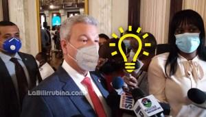 El ministro de la Presidencia, Lisandro Macarrulla