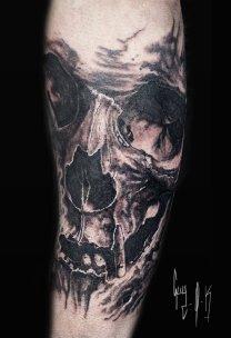 Tattoo   Tatouage   Tätowierung by Guy Labo-O-Kult   Black and Grey Skull