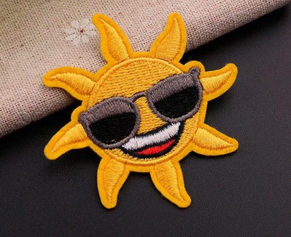 Écusson brodé thermocollant de soleil