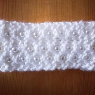 patron-bandeau-perle-glamour-0-18-mois-a-la-broche-de-la-boite-ateliers-creatifs