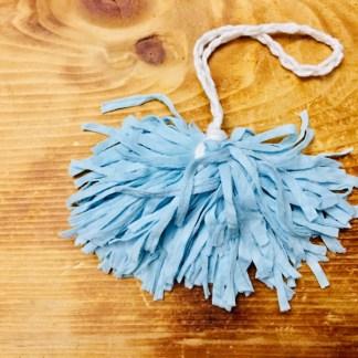 pouf-de-bain-bleu-poudre-la-boite-ateliers-creatifs