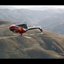 Des acrobaties en hélicoptère