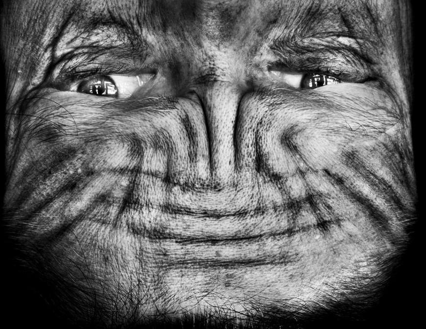 ride visage retourne alien 08 870x672 Des visages à lenvers