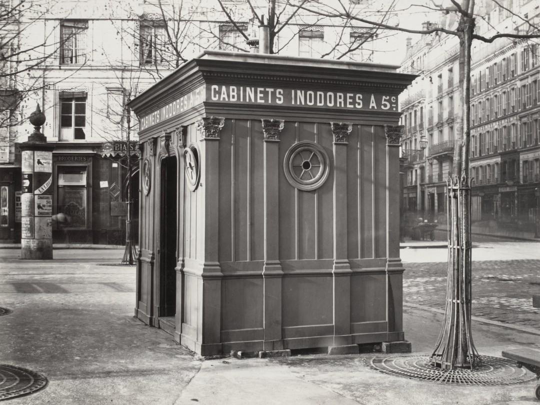 les urinoirs publics de paris en 1865 par charles marville nuage ciel d 39 azur. Black Bedroom Furniture Sets. Home Design Ideas
