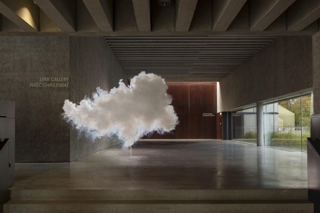 nuage-interieur-Berndnaut-Smilde-10