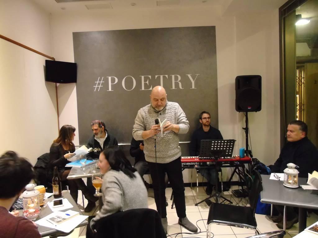 Presentazione dell'Antologia di Laboratori Poesia 6