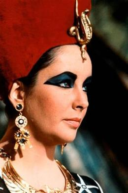 Liz Taylor_Cleopatra