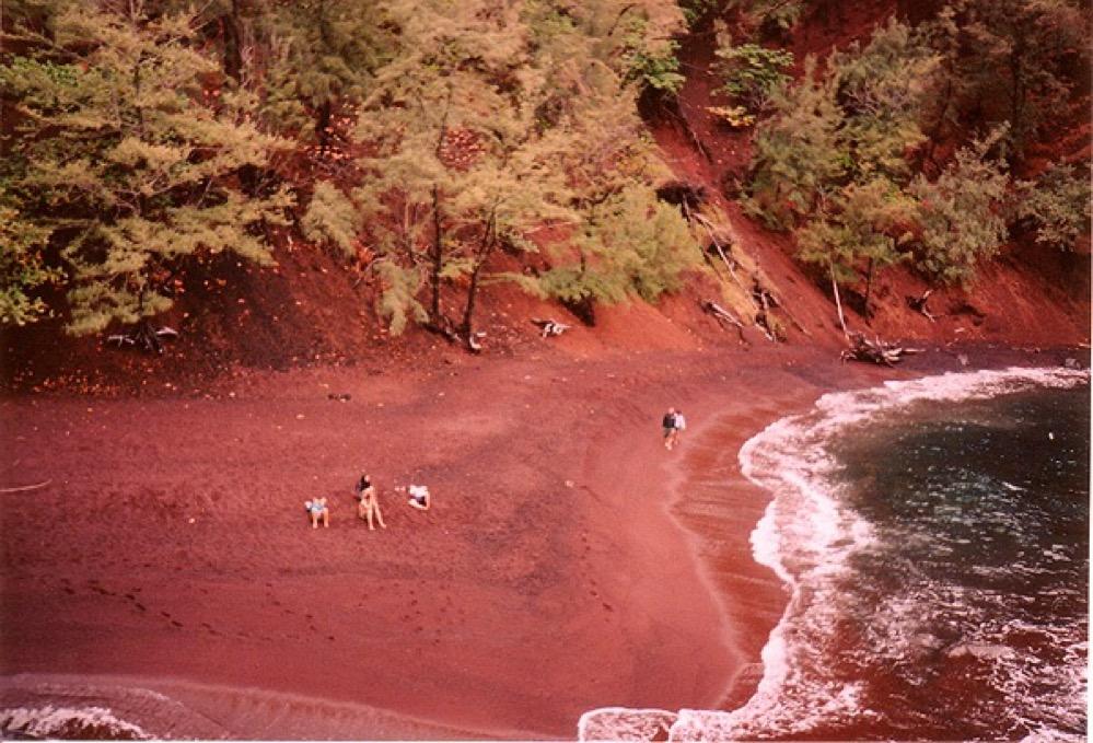 Playas de arena roja