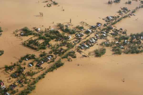 Las imágenes del tifón Ketsana
