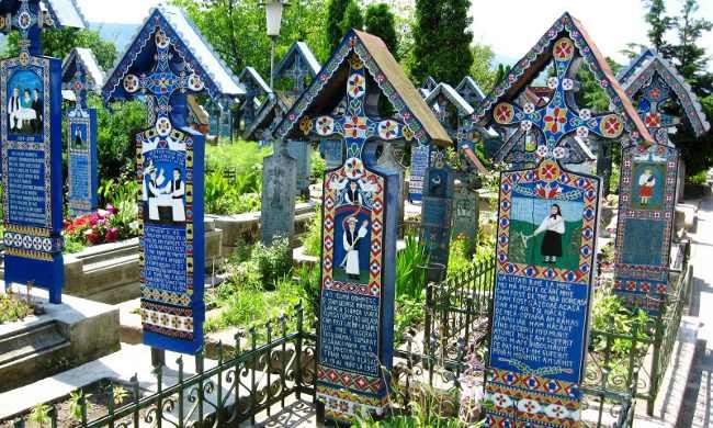 El alegre cementerio de Sapanta