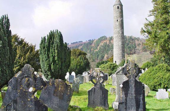 El monasterio irlandés de Glendalough
