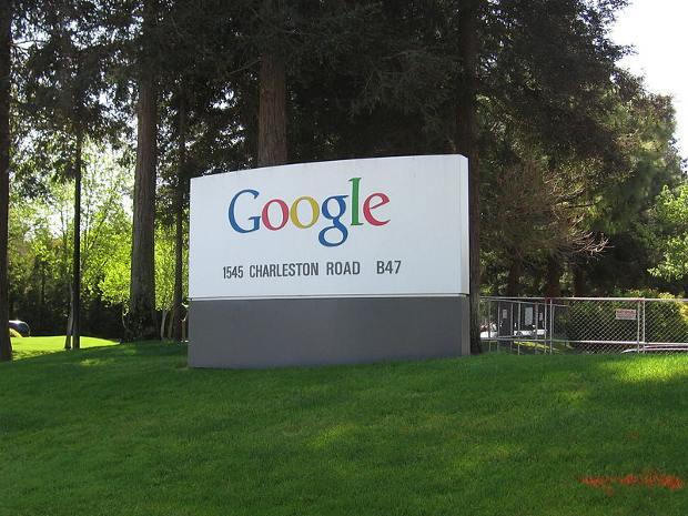 Registro de dominios con Google más baratos que en Godaddy (extras)
