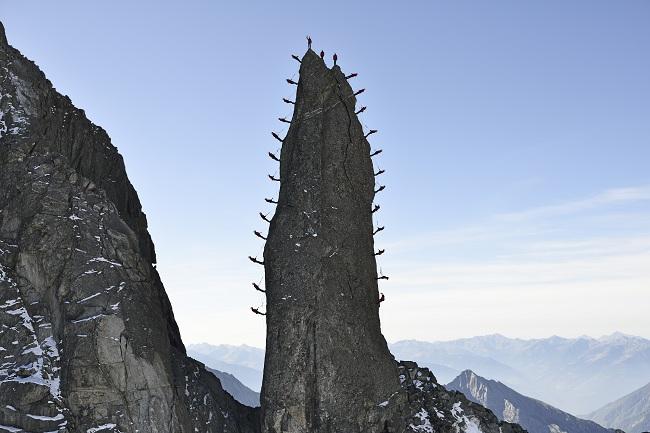Una sorprendente foto en la cima de la Aguja de Cleopatra