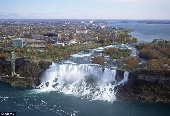 Niagara falls dry2