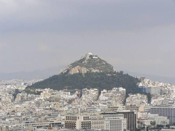 Subiendo al monte Lykavitós de Atenas