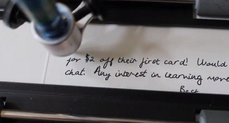 Los robots que escriben cartas 1
