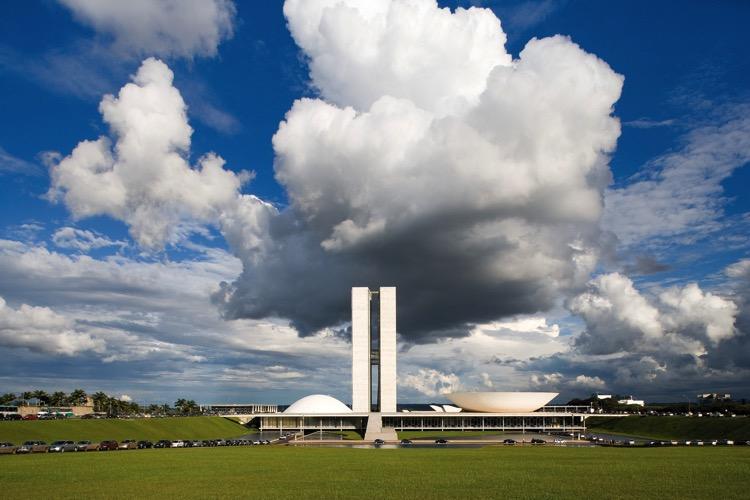 El MOMA se asocia con Instagram para la mayor exposición de arquitectura Latinoamericana