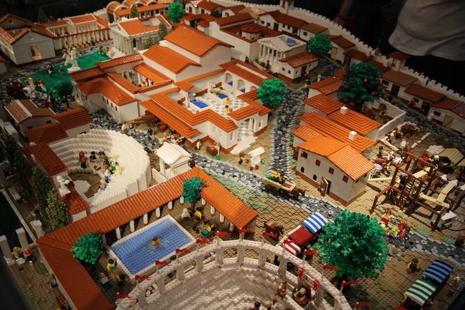 Pompeya: la mayor recreación de una ciudad antigua con bloques de LEGO