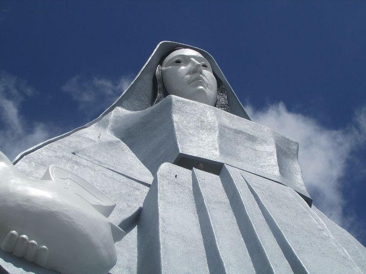 Colosal Virgen Paz venezolana 2