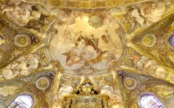 Espectacular restauracion iglesia valenciana san Nicolas Bar