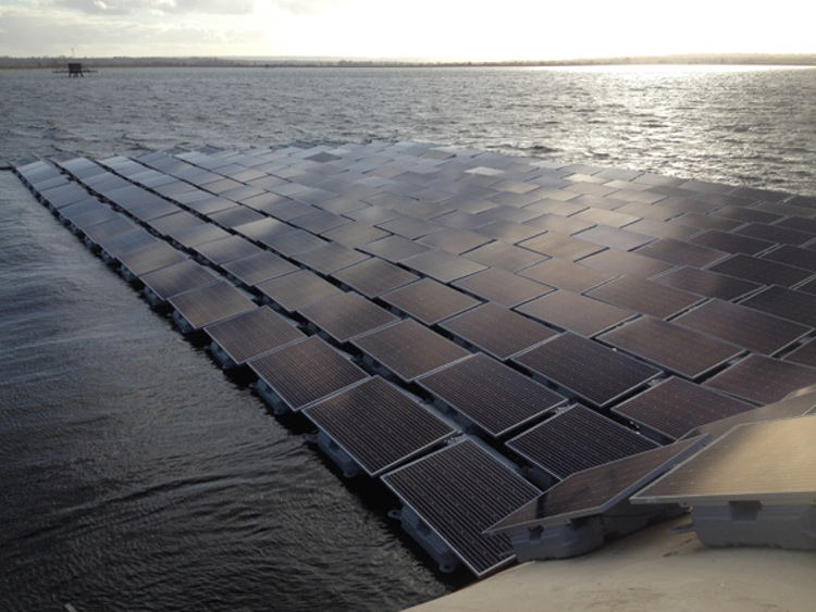 Inglaterra inaugurara marzo mayor parque solar flotante mundo 1