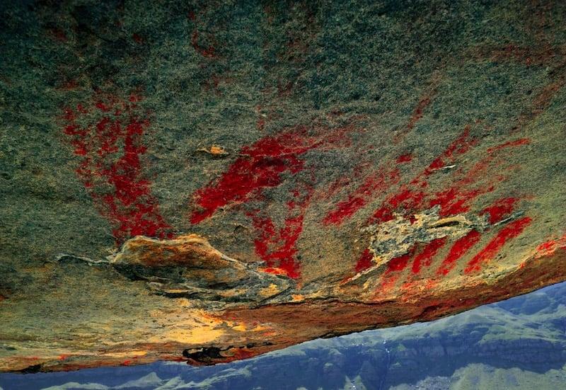 Las pinturas rupestres de Abri Faravel, las más enigmáticas de Europa halladas en los Alpes