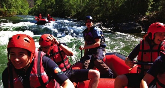 _FilePane-Barranquismo-rafting-Pirineo-catalan