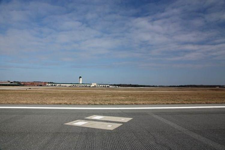 Tumbas en las pistas de algunos aeropuertos norteamericanos