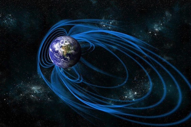 Un nuevo estudio sugiere que antiguamente el campo magnético de la Tierra tenía más de dos polos