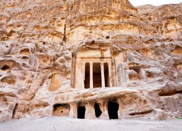 Templo nabateo en Pequeña Petra / foto Shutterstock