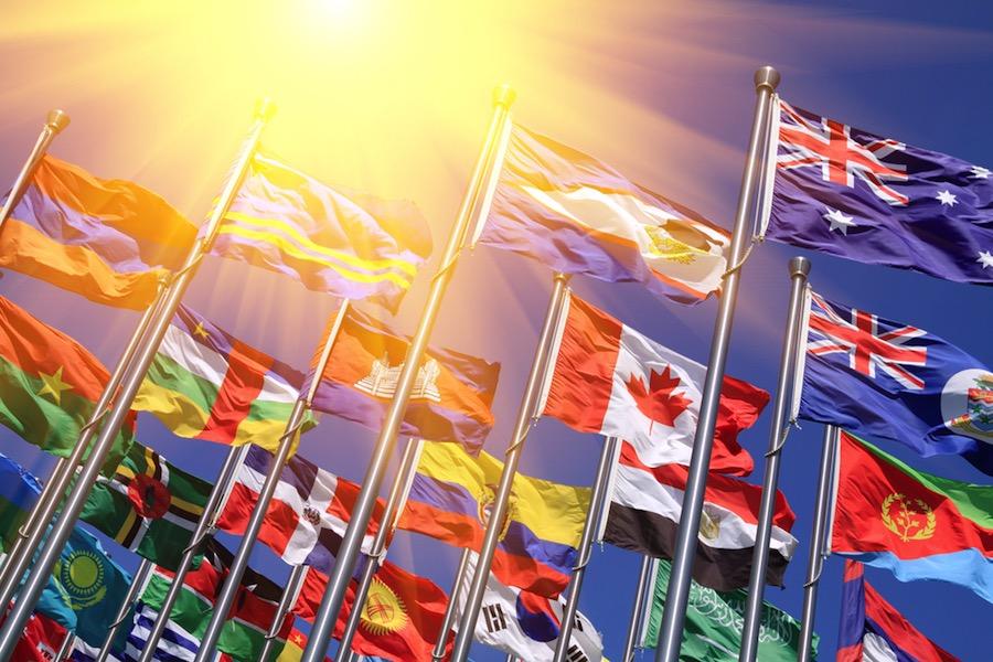 64 países mantienen símbolos religiosos en sus banderas nacionales