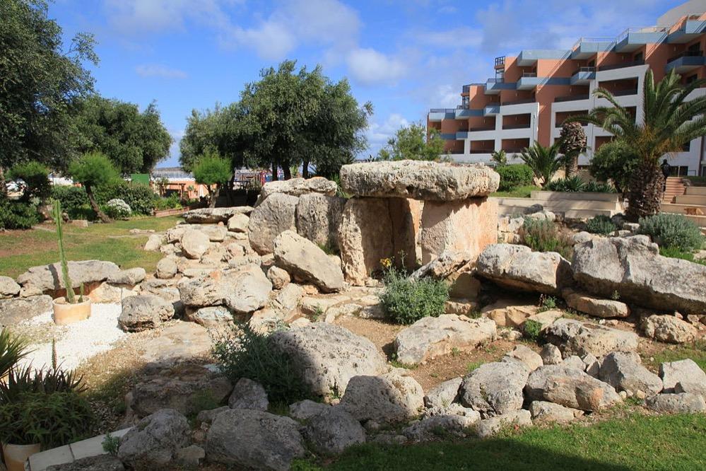 El Templo de Bugibba, un monumento megalítico en los jardines de un hotel maltés