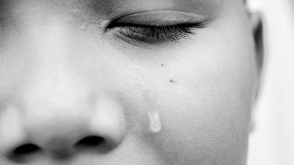 Científicos consiguen producir electricidad a partir de lágrimas