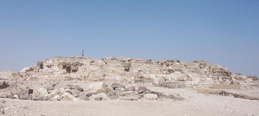 La pirámide más al norte de Egipto fue también la más alta, y hoy está en ruinas