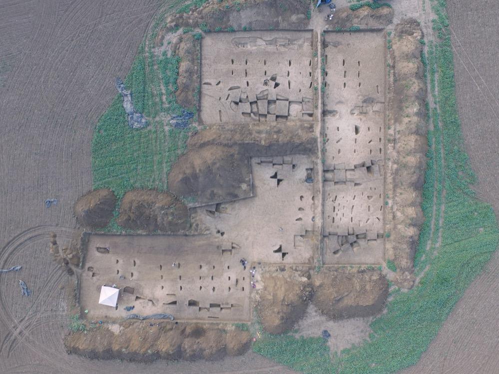 Un nuevo estudio explica el enigma de la orientación de las primeras casas neolíticas